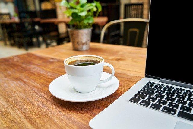 営業は効率や時間短縮を考えて行動する